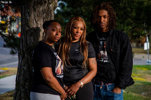 D'Andre Campbell's family, (left to right) sister Michelle Campbell, mother Yvonne Campbell and...