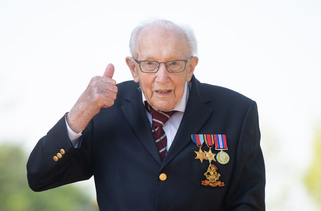 Sir Tom Moore To Be Knighted By The Queen In Unique Ceremony
