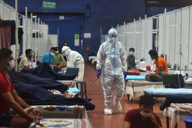 Κορονοϊός: Ολοι οι συμπτωματικοί ασθενείς έχουν τουλάχιστον ένα από αυτά τα τρία