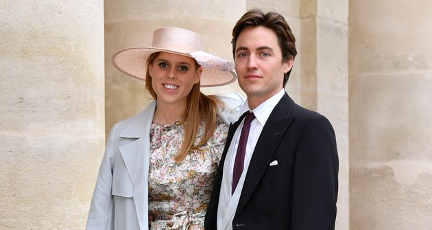 Princess Beatrice Marries Edoardo Mapelli Mozzi In Front Of The Queen