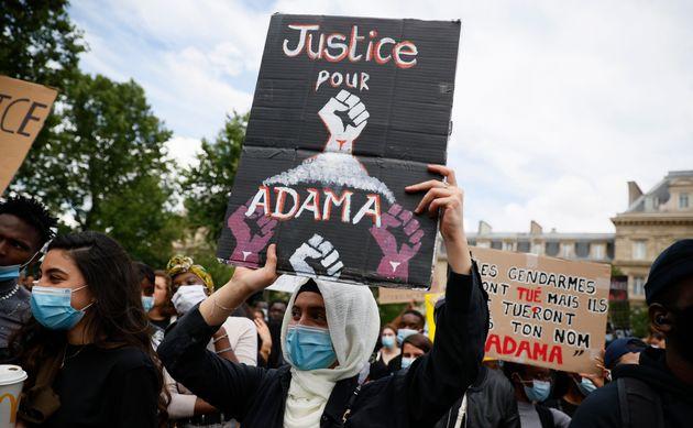 Pourquoi le Comité Adama et les écologistes marchent ensemble (manifestation place de la...