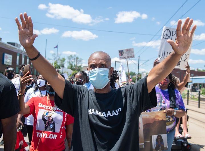 The National Mother's March in St. Paul, Minnesota, on Sunday. Researchers have found that high-profile cases of police brutality can reduce the frequency of 911 calls, especially in Black neighborhoods.