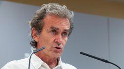 Un histórico periodista de TVE sale en defensa de Fernando Simón tras su viaje a