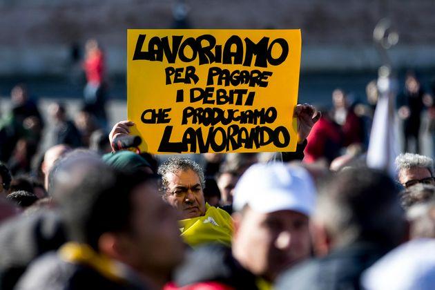 Un momento della manifestazione delle Partite Iva in piazza del Popolo,