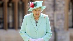 Isabel II lanza su propia ginebra