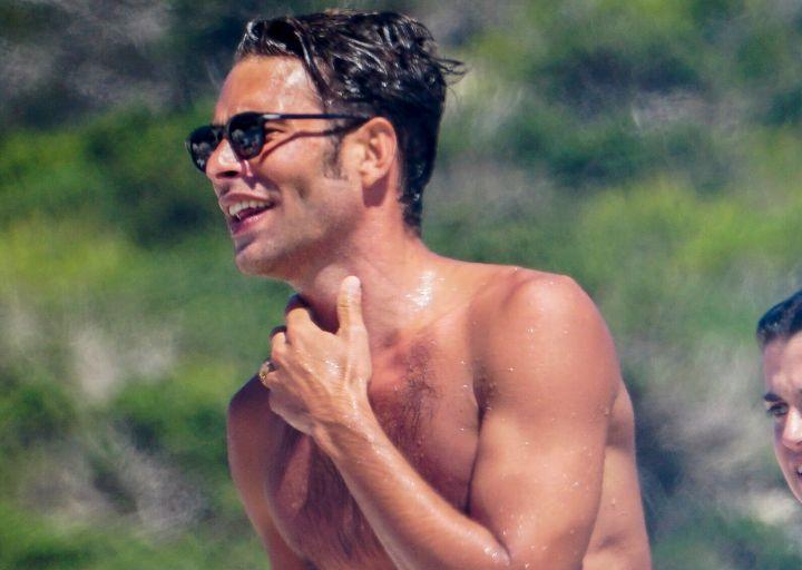 El modelo Jon Kortajarena de vacaciones en Ibiza.
