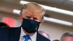 Trump défend le port du masque et le qualifie de