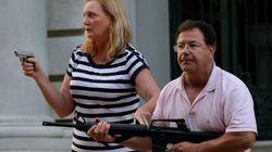 Le couple d'Américains qui avait menacé des manifestants au fusil a été
