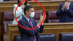 Pedro Sánchez despierta comentarios de todo tipo por la mascarilla con la que ha acudido al