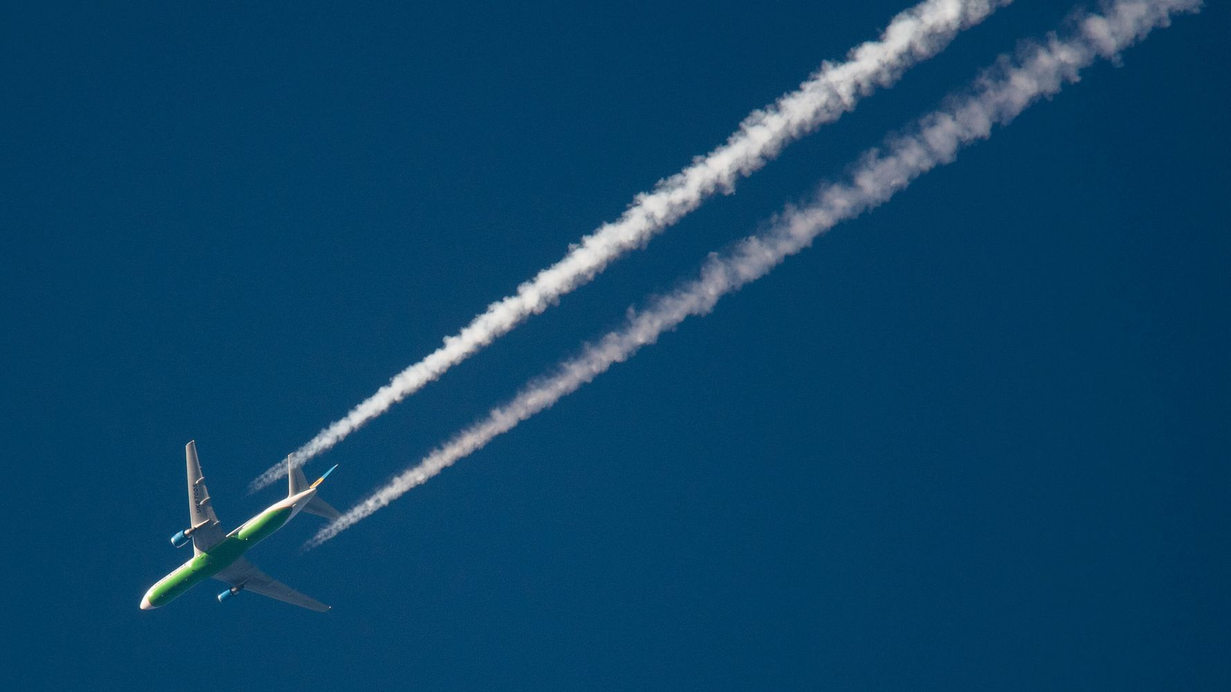 EPA Proposes First-Ever Limits On Carbon Dioxide From Airlines