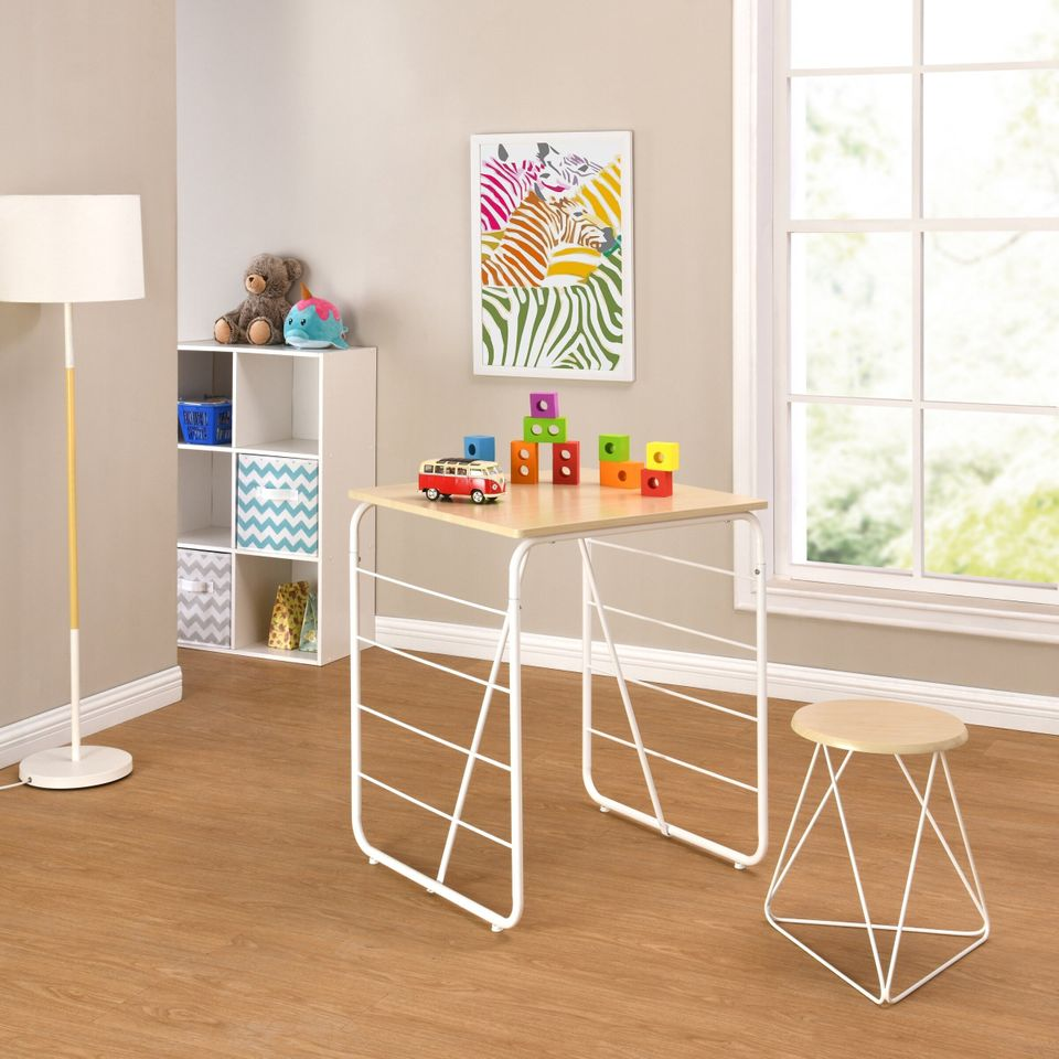 15 Low-Cost Desks to Create a Study Space for Children - Articles about Apartments 10 by  image