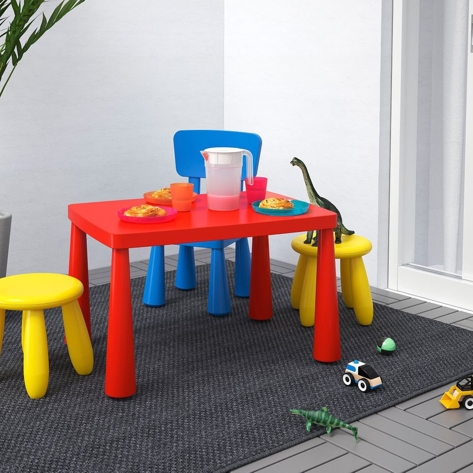 15 Low-Cost Desks to Create a Study Space for Children - Articles about Apartments 14 by  image