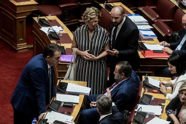 Βουλή: Αποχώρηση ΣΥΡΙΖΑ από την ψηφοφορία για τον