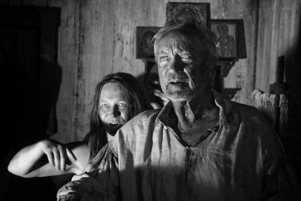 O ator alemão Udo Kier é o ciumento camponês