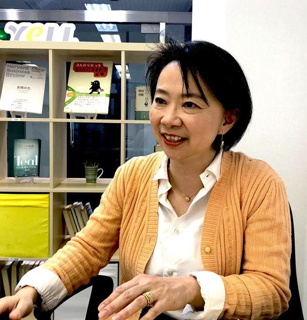 篠田真貴子さんは取材中も、話す時間と同じぐらい「聴く時間」が多かった。