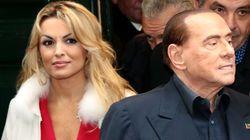 Dopo l'addio, Berlusconi dà a Francesca Pascale una