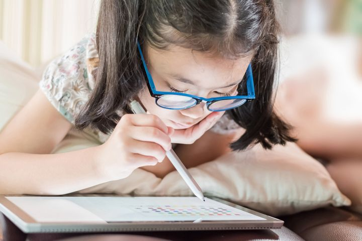 Additional screen time because of remote learning might be affecting your child. To help, we've found some of he best blue light-blocking glasses for kids.
