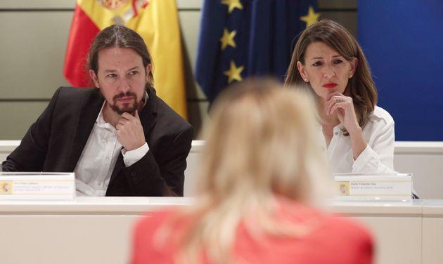 Pablo Iglesias y Yolanda Díaz, juntos en una reunión con los