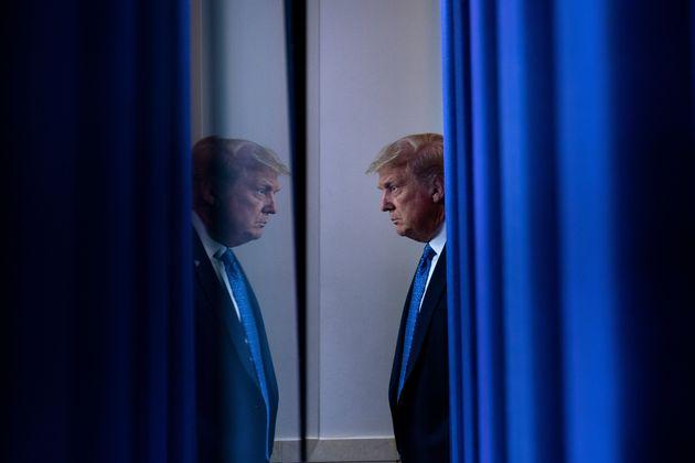 도널드 트럼프 대통령은 민주당 대선후보 조 바이든 전 부통령도 인지능력 검사를 받아야 한다고