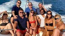Italia Viva difende la foto in barca: