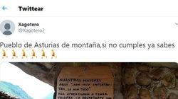 Este ejemplar cartel en un pueblo de Asturias se convierte en un fenómeno en
