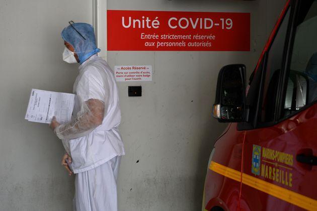 La DGS déplore que les personnes testées positives au nouveau coronavirus aient désormais...