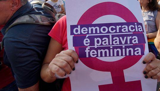 Falta de regulamentação de recursos limita sucesso de candidaturas femininas nas