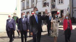 El enfado de vecinos y peregrinos por lo que ha pasado en la visita de Felipe VI y Letizia a