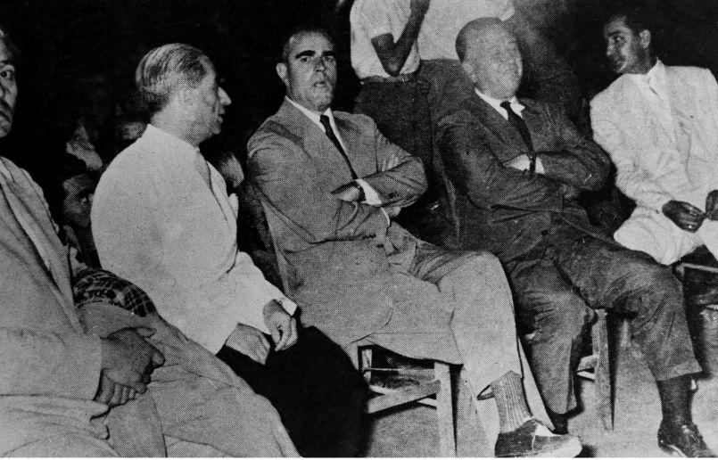 Κωνσταντίνος Τσάτσος, Κωνσταντίνος Καραμανλής, πρεμιέρα Αντιγόνης, Επίδαυρος,
