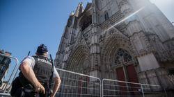 Incendie de la cathédrale de Nantes: le bénévole du diocèse mis en examen et placé en détention