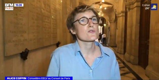 Alice Coffin interviewée à la sortie du Conseil de Paris vendredi 24