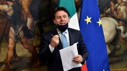 Giuseppe Conte e le riforme, massì rinviamo tutto a