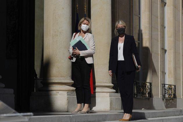 La ministre de la Transition écologique, Barbara Pompili, et la secrétaire d'État à la biodiversité Berangère...