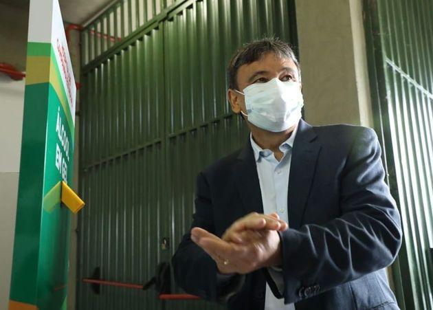 Governador do Piauí e deputada federal são alvo de operação que investiga desvios do