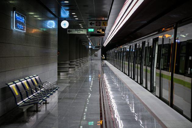 Μειωμένα τα δρομολόγια σε Μετρό, ΗΣΑΠ και Τραμ λόγω