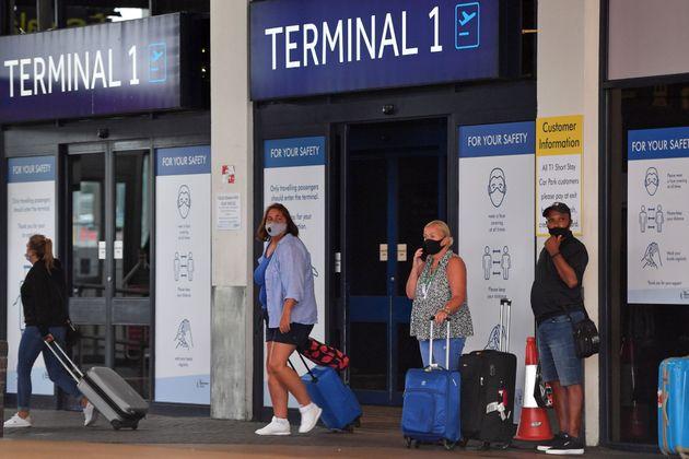 Au Royaume-Uni, les voyageurs revenant de l'Espagne devront être en quarantaine à leur retour...