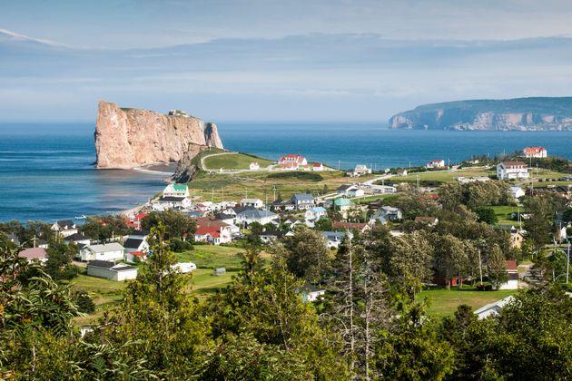 La Ville de Percé est une destination populaire auprès des touristes québécois...