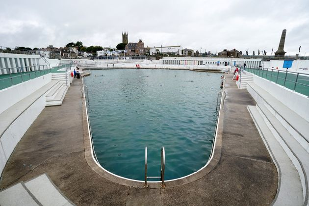 10 Of The UKs Best Outdoor Swimming Pools To Live The Lido Life