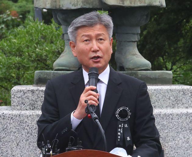 박삼득 국가보훈처장이 19일 이승만 전 대통령 서거 55주기 추모식에서 추모사를 하는