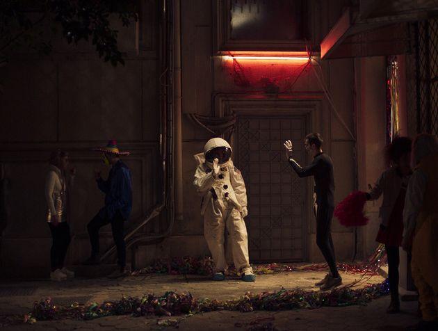 Η πρώτη μεγάλου μήκους ταινία του Χρήστου Νίκου, Μήλα