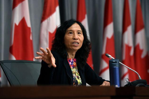 La directrice de la santé publique, la Dre Theresa Tam, a précisé qu'un groupe...