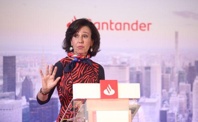 La presidenta del Santander, Ana Botin, en la presentación de los resultados de 2019 en enero...