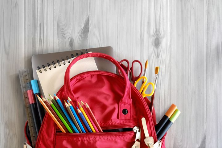 """If you&rsquo;re looking for budget-friendly items in bulk, the sites we recommend are <a href=""""https://fave.co/3fe1Xn9"""" target=""""_blank"""" rel=""""noopener noreferrer"""">Discount School Supply</a>,&nbsp;<a href=""""https://fave.co/39EWx3p"""" target=""""_blank"""" rel=""""noopener noreferrer"""">Staples</a> and&nbsp;<a href=""""https://fave.co/3dJANVG"""" target=""""_blank"""" rel=""""noopener noreferrer"""">Office Depot</a>."""