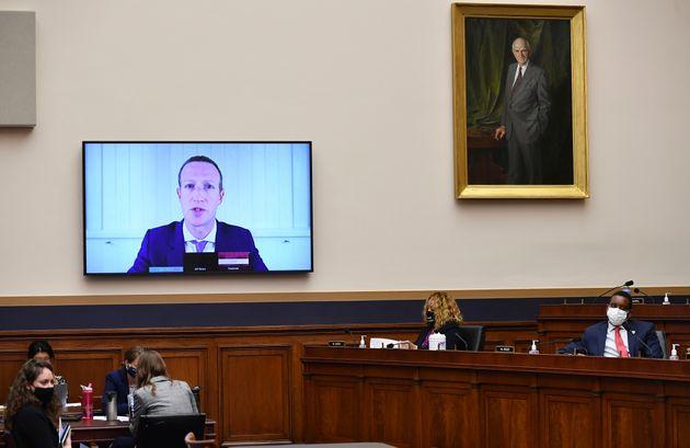 Mark Zuckerberg testifica de forma telemática en la audiencia ante el