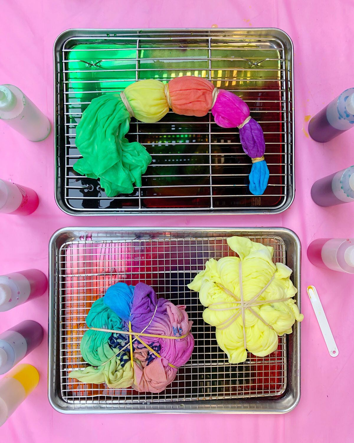 How To Tie-Dye In A Small Space