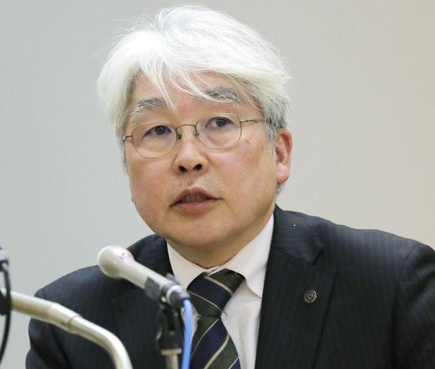 新型コロナウイルスに関して記者会見する東京都医師会副会長の猪口正孝氏=2020年3月、都庁