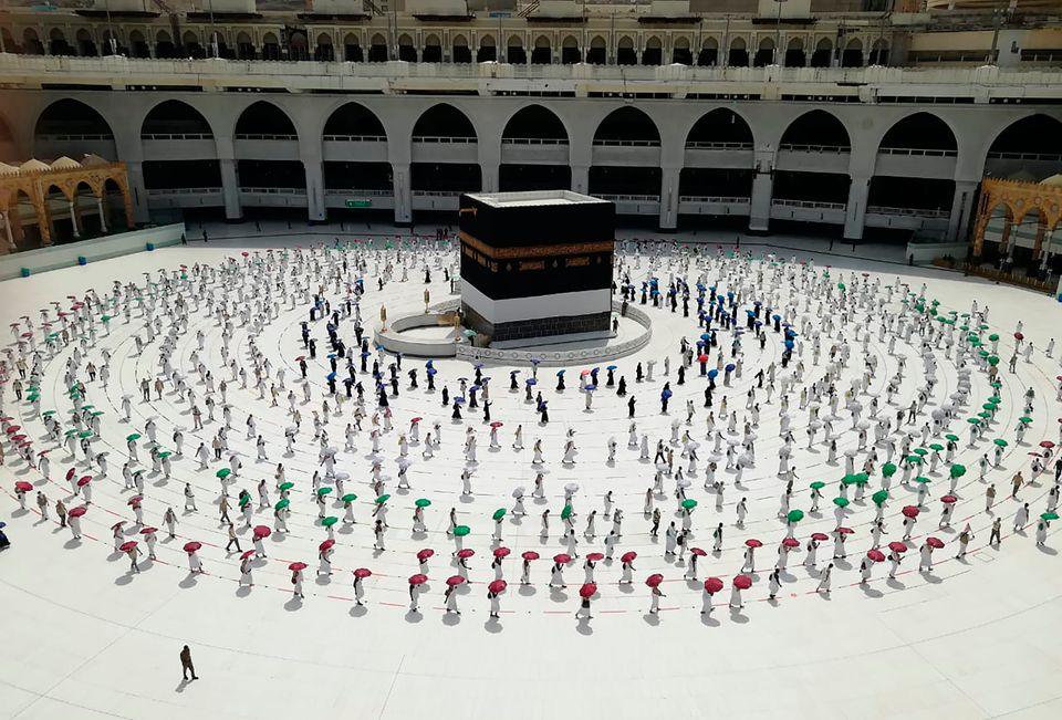 Μουσουλμάνοι προσεύχονται...