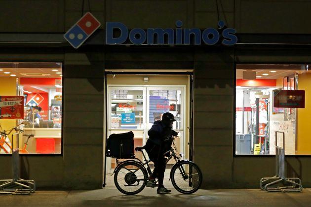 Η γκάφα της Domino's Pizza και γιατί το όνομα Κάρεν έχει γίνει πλέον