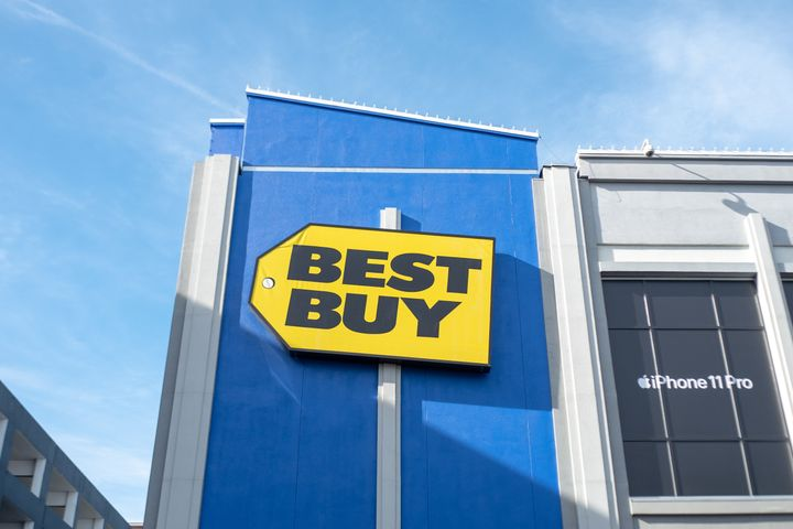When a former Best Buy employee told her supervisor about harassment she faced from customers, he laughed, according to a new