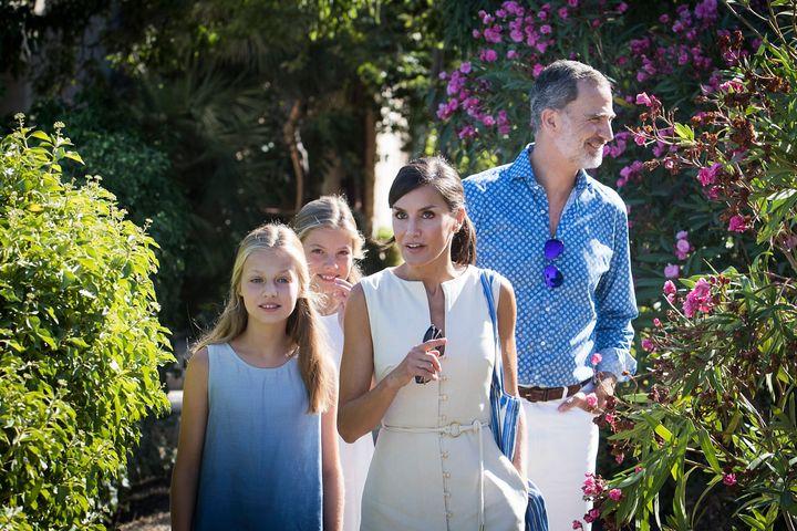 Los reyes y sus hijas durante su estancia el pasado año en Mallorca.